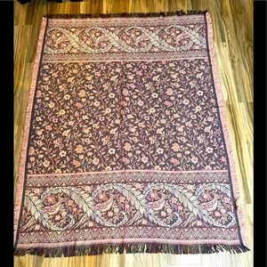 Goodwin Weavers Tapestry Throw